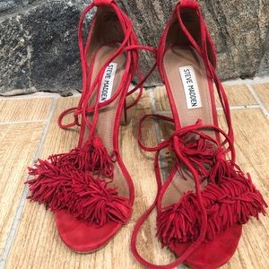 Steve madden red suede heel with fringe detail